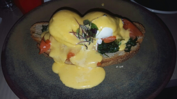Eggs Benedict by LilePR