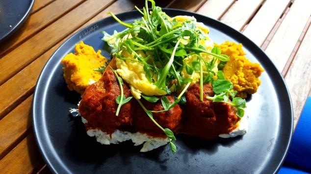Lisa carolan, food blogger, perth, melbourne, source foods, breakfast