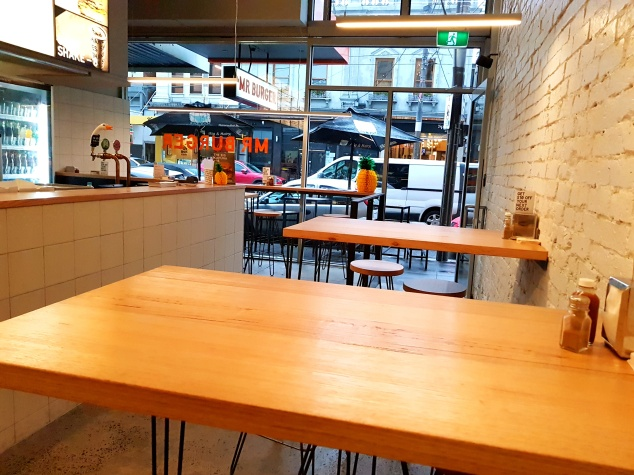 lifestyle by lily, food blogger, melbourne, burgers, chapel st, south yarra, melbourne food blogger