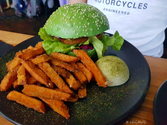 lifestyle by lily, food blogger, melbourne, breakfast, melbourne food blogger, vegan, st kilda