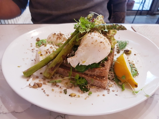 lifestyle by lily, food blogger, melbourne, breakfast, melbourne food blogger, shanklin cafe, hawthorn