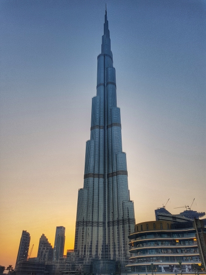 Travel, dubai, top ten things to do in dubai, Burj Kalifa, lifestyle by lily, travel blogger
